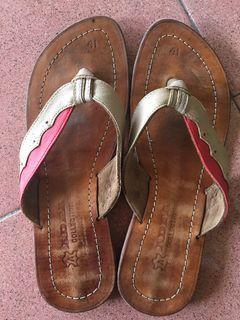 Sandal kulit ukuran 39