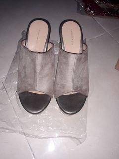 Sepatu Wedges Urban n Co