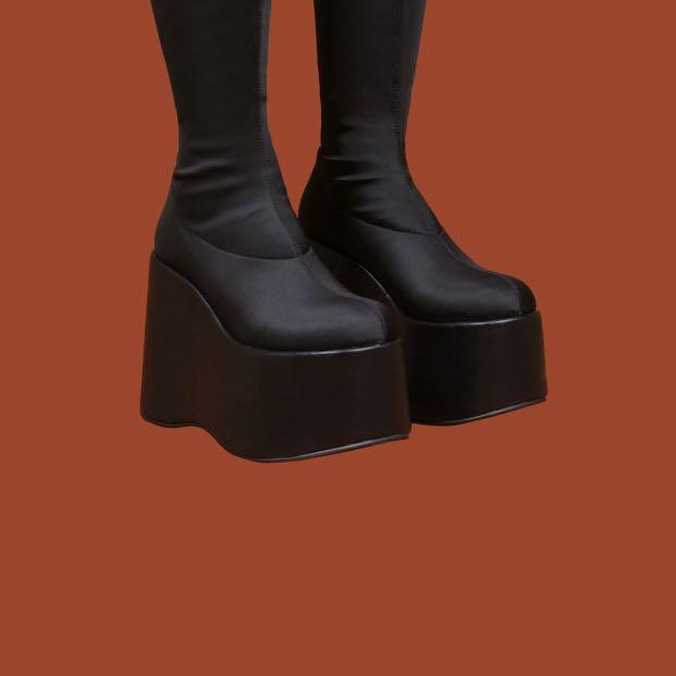 UNIF BLISS BOOT SIZE 7 NEW CONDITION