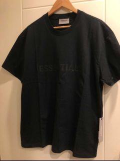Essantial 黑色踢恤 S號