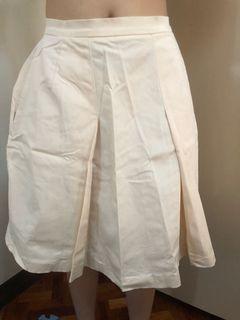 Light beige Skirt with pockets