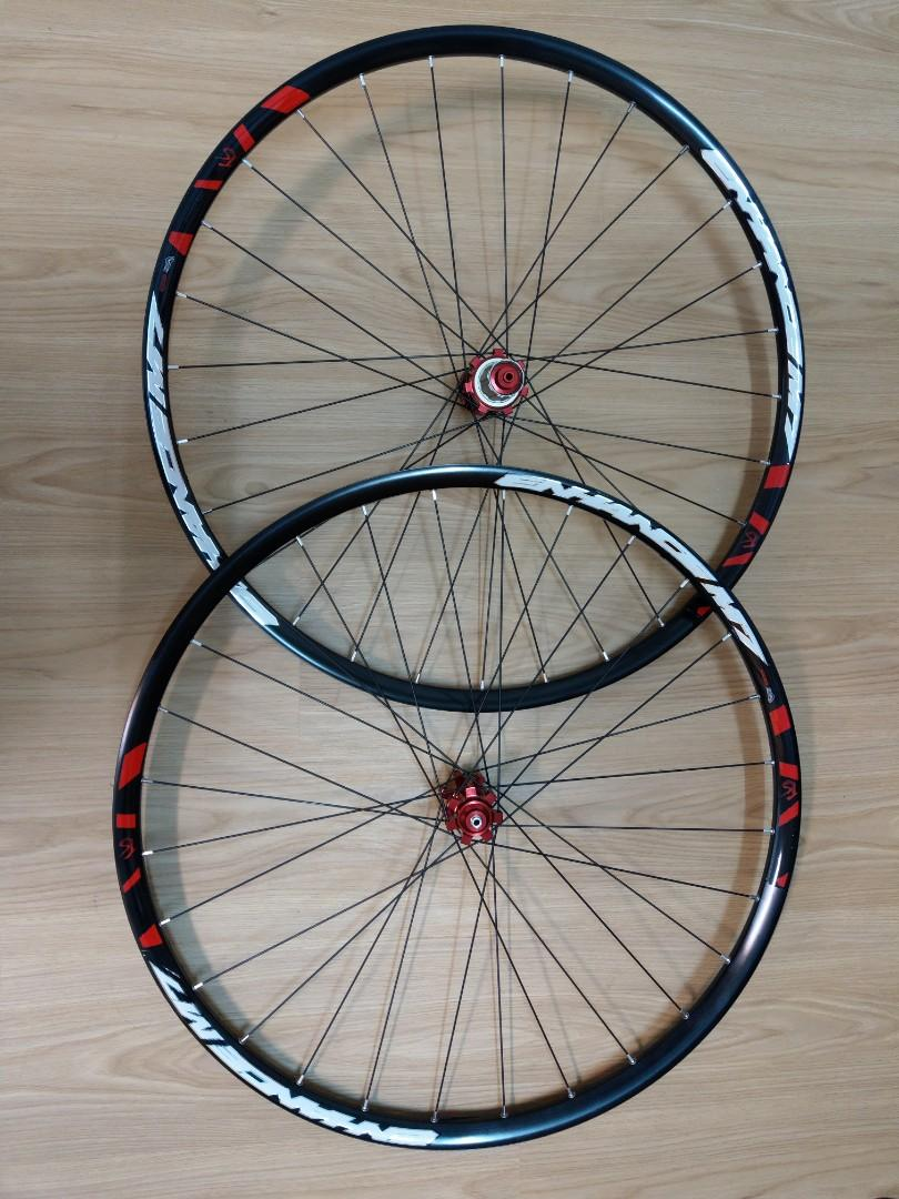 """29"""" MTB alloy wheelset with red HUB"""