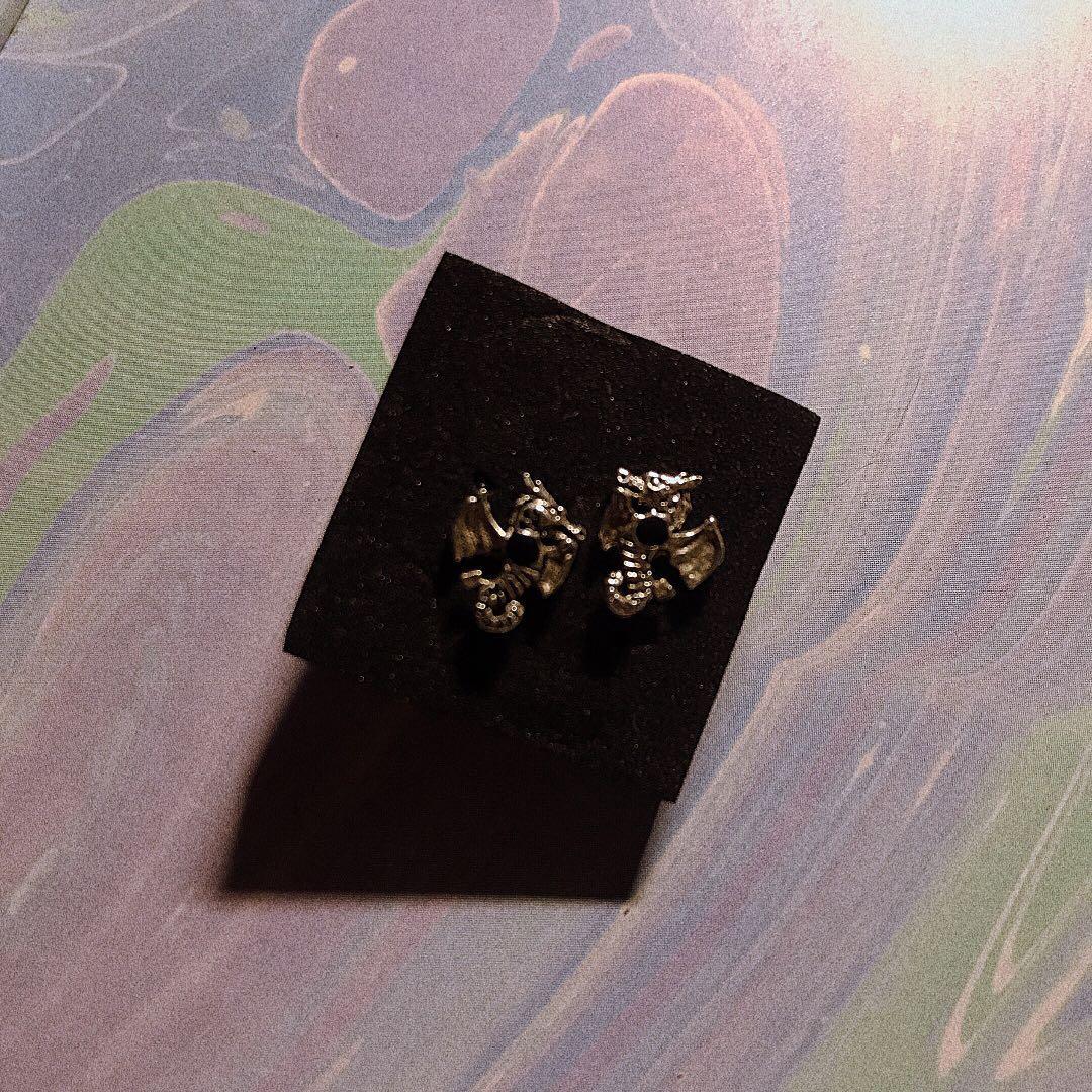 粉中二ㄉ口愛純銀龍針式耳環