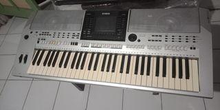 Keyboard Yamaha PSR S900