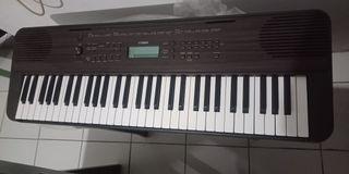 Keyboard Yamaha PSR-E360DW