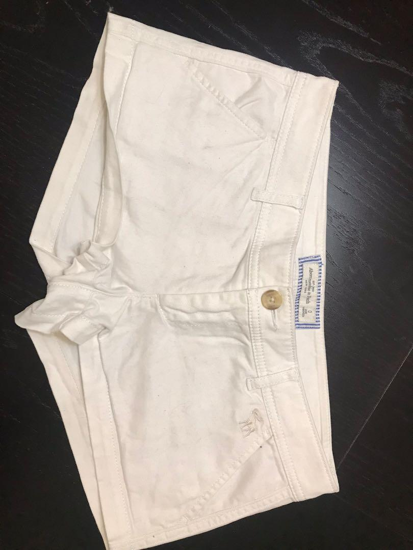 Abercrombie & Fitch White Shorts Size 0