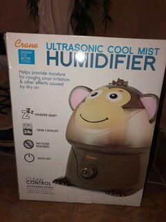 Cool misting humidifier