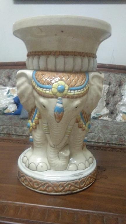 keramik gajah