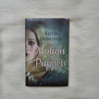 (Bahasa) The Motion of Puppets by Keith Donohue