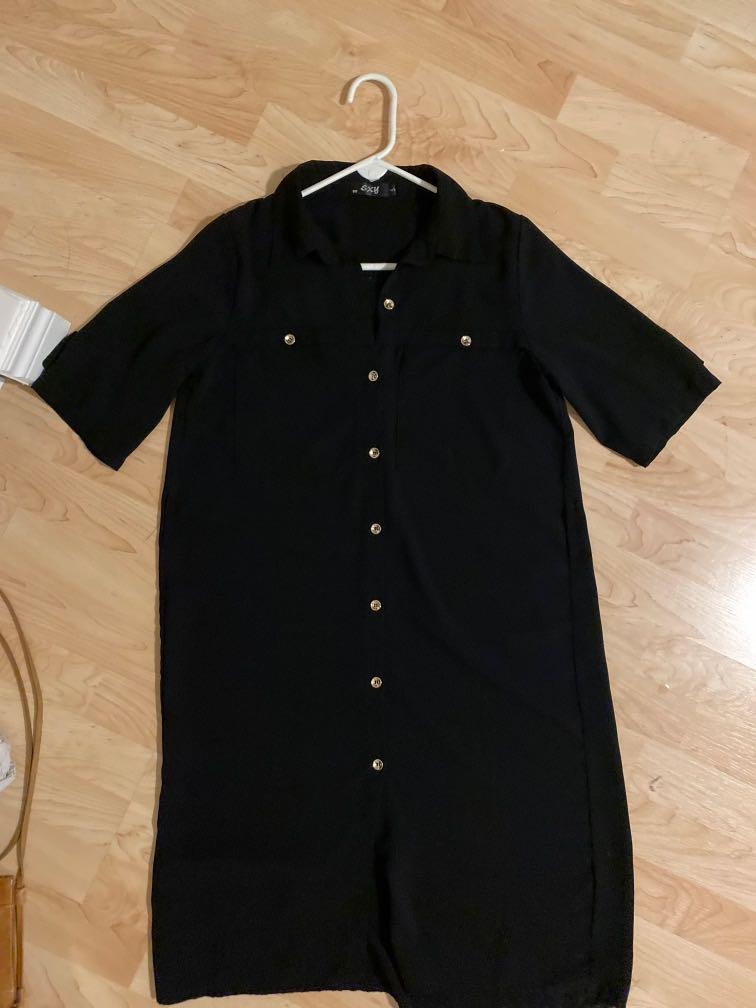 XS/S OVERSIZED BOXY BLACK TSHIRT FRONT POCKET COLLARED DRESS BUTTON UP