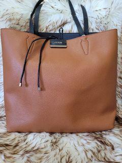Guess Reversible Bag