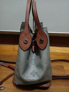 Hina handcarry / Sling bag