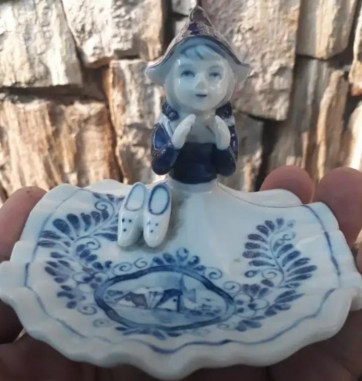 Keramik mungil  holland delf blue nona Belanda