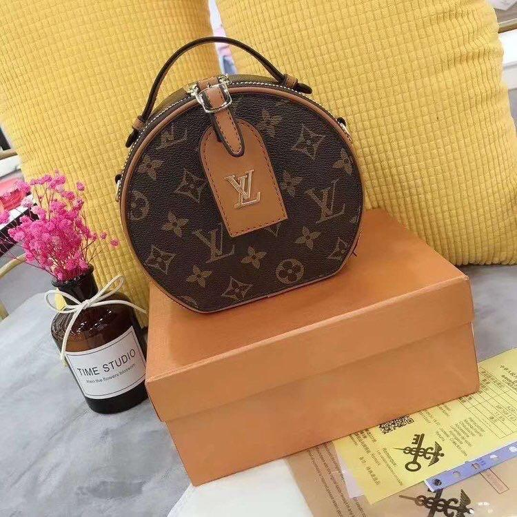 LV Rounded bag
