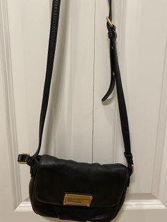 Marc Jacobs black crossbody purse