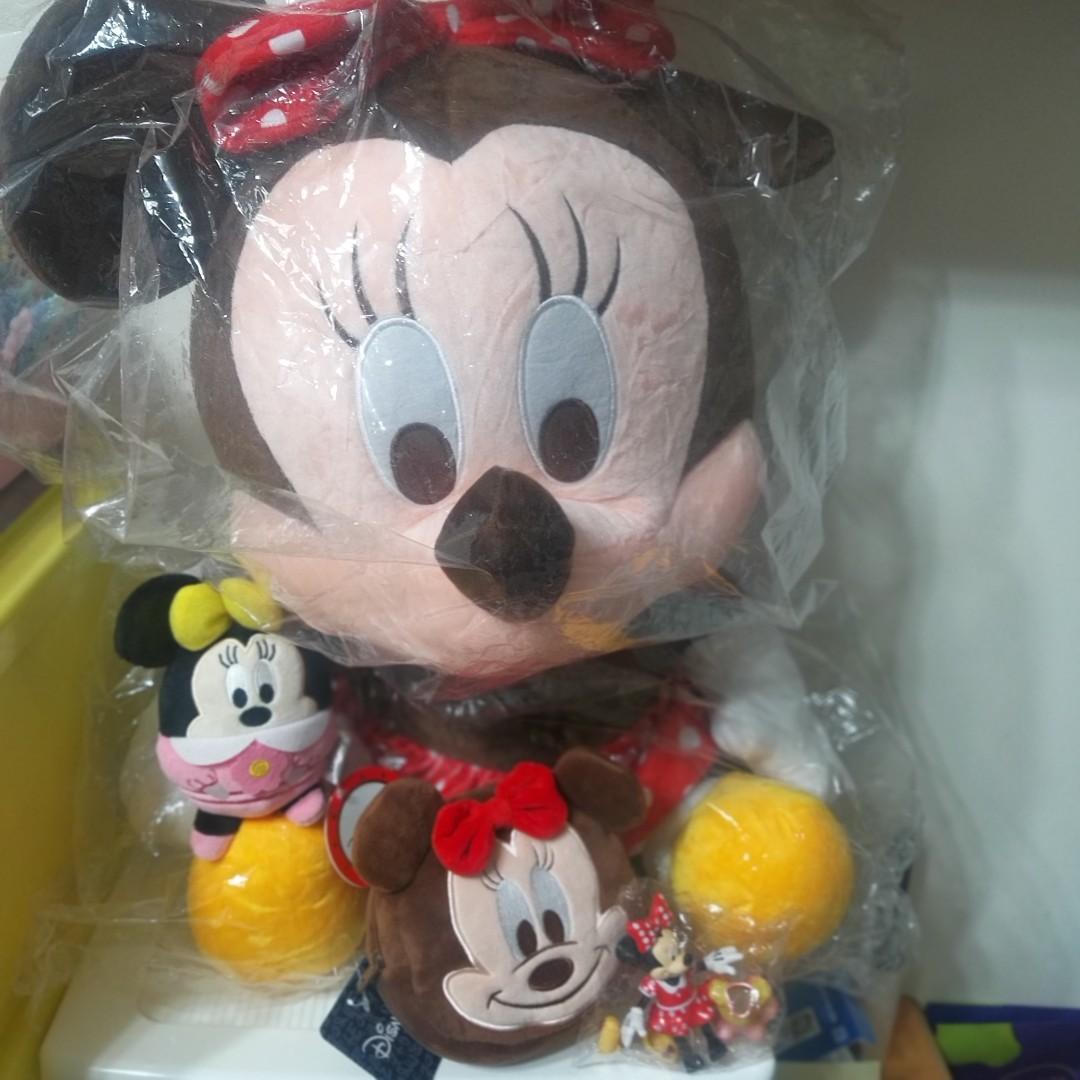 米妮大集合 大隻米妮絨毛娃娃/小隻米妮掛飾娃娃/米妮絨毛零錢包/米妮公仔 4件組 迪士尼