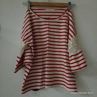 超美 日系 森林系 甜美 紅白條紋蕾絲拼接七分袖上衣