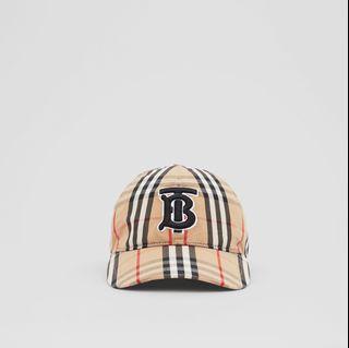 Burberry 經典格紋帽