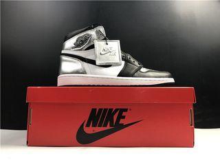 Air Jordan 1 Retro High OG Shoes 555088-010 Women Size EU36-39 Men Size EU40-47.5 with StockX invoice
