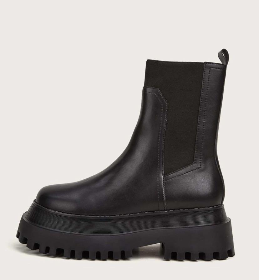 Brand new chunky black boots (size 6.5)