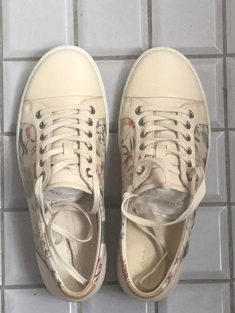 【ecco】SOFT 7 W 經典輕巧休閒鞋