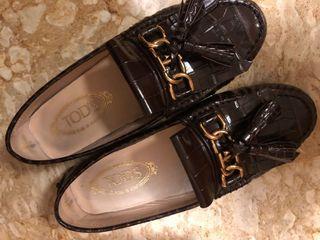 Tod's 深紫色鱷魚皮紋路豆豆鞋(誠可議,EU 36 二手,特殊款原價近2萬)