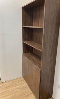 三層櫃書櫃置物櫃收納櫃收納架多層木櫃(白白的地方是灰塵)