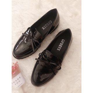 ✨英倫風黑色樂福鞋✨
