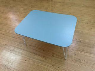 藍色圓角摺疊和室桌