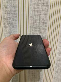 Iphone XR 64gb garansi resmi on 29-12-2021