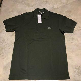 Lacoste classic fit size S