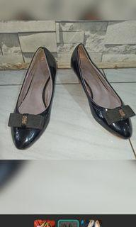 Sepatu wanita branded Chanel size 37
