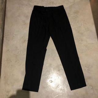 UNIQLO ANKLE PANTS BLACK