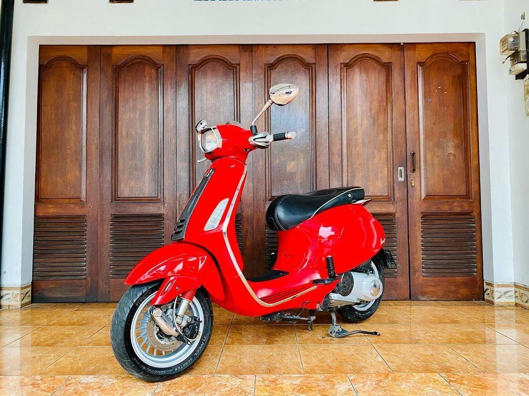 Vespa Sprint 3vie Red Dragon Rosso
