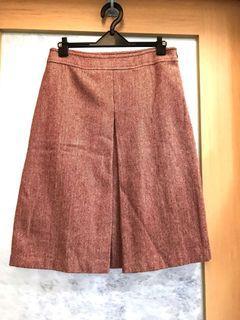 日本品牌磚紅色人字紋A字裙