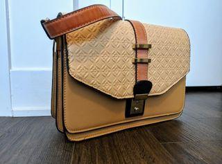 Crossbody Handbag w/ Shoulder strap - 2 compartments