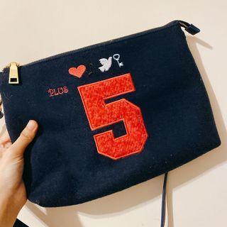 Five plus側背包