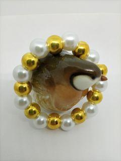 Maurica Pearl with non tarnish gold bead spacer