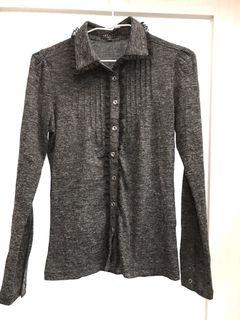 NET灰黑色襯衫型上衣