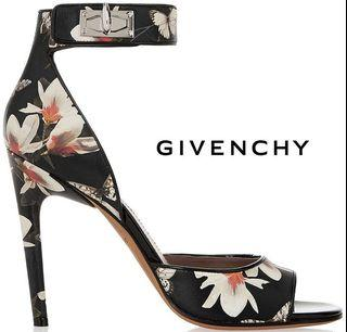 $1500 Givenchy Magnolia sandals 35.5 / 5.5