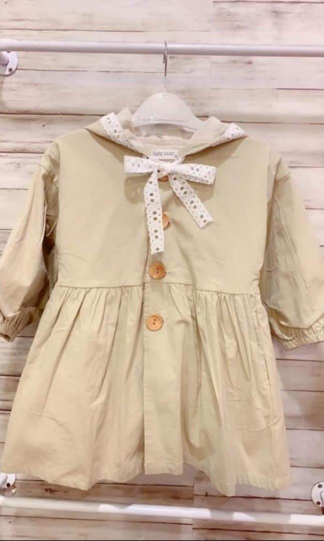 Babybase女童風衣外套,尺寸11碼