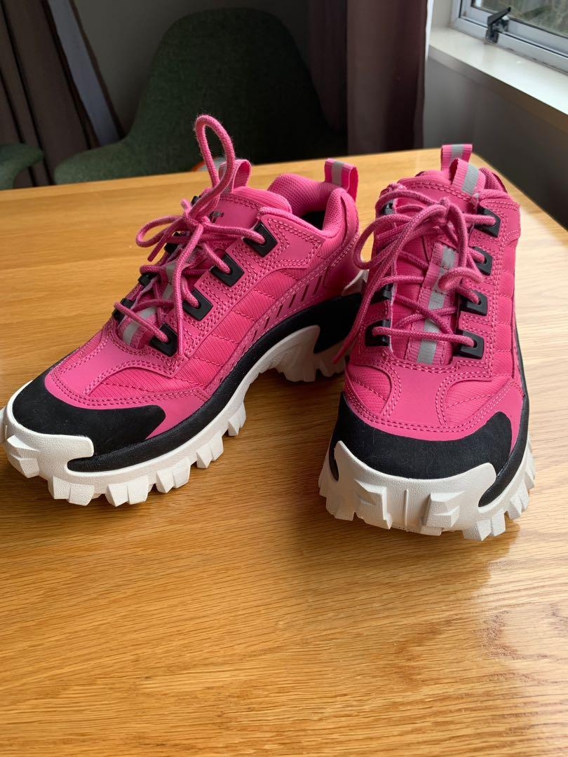 Cat bright walking shoes