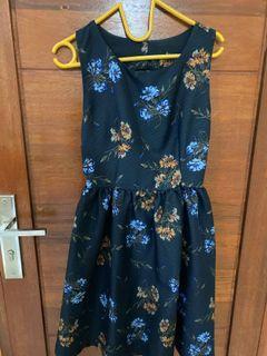 Dress Wanita size M