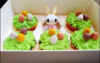 Chocolate Cupcakes with Vanilla Buttercream (Easter Bunny Design)