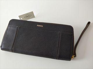 FOSSIL Wristlet Wallet (brand new)