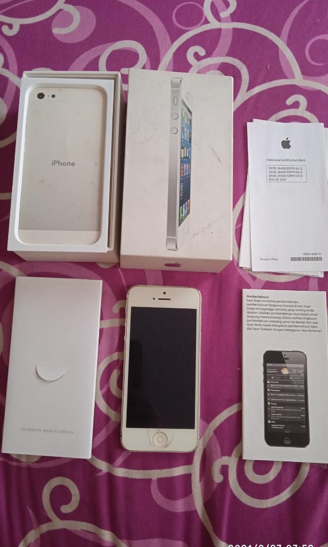 IPhone 5  belinya di ibox