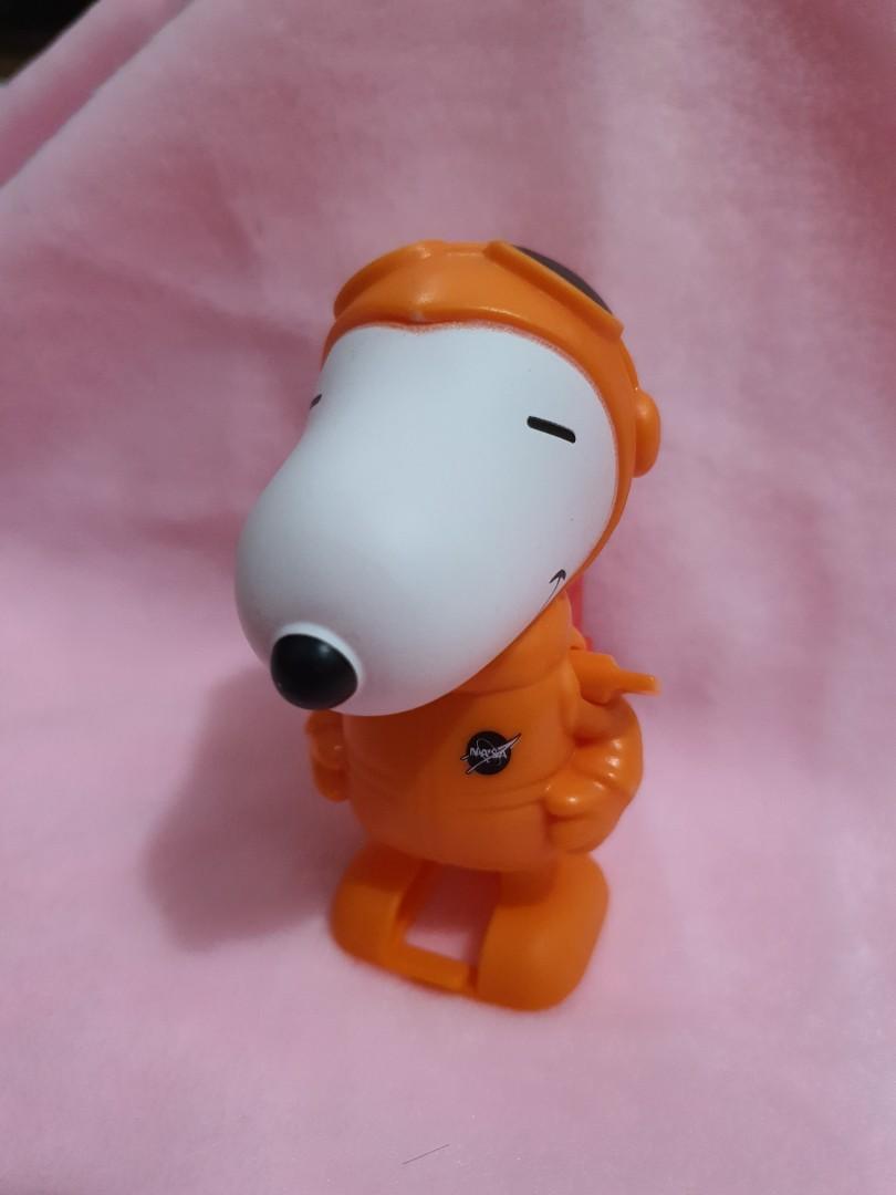 Snoppy toys nasa mcd