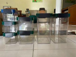 7 ClickClack Food Storage Containers of various sizes