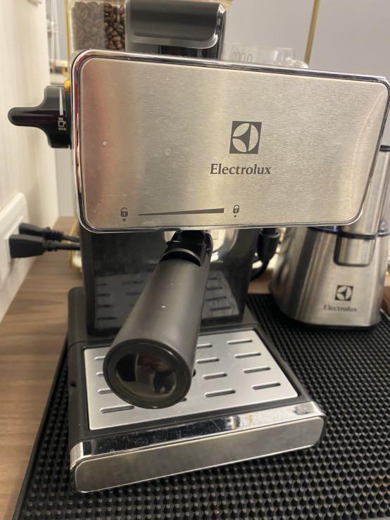 伊萊克斯二手義式濃縮咖啡機 贈送原廠伊萊克斯磨豆機