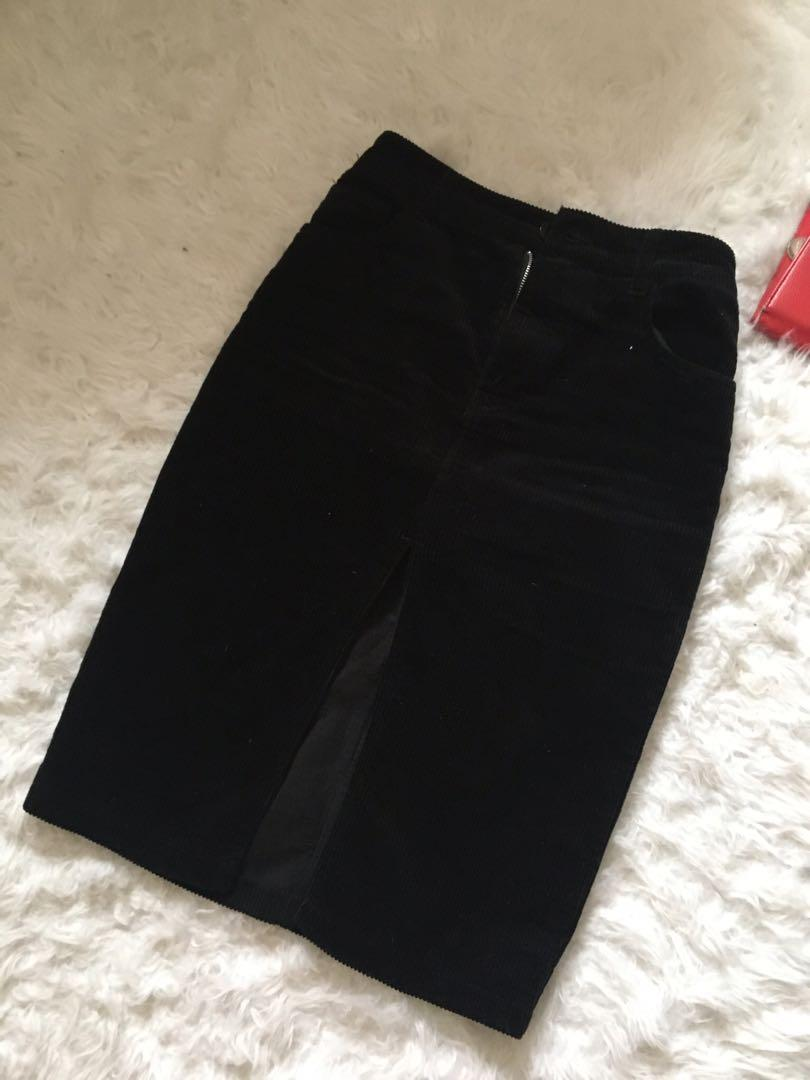 Black high waisted corduroy skirt